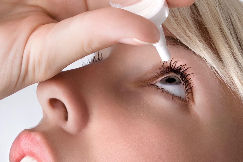 Augentropfen-gegen-trockene-Augen