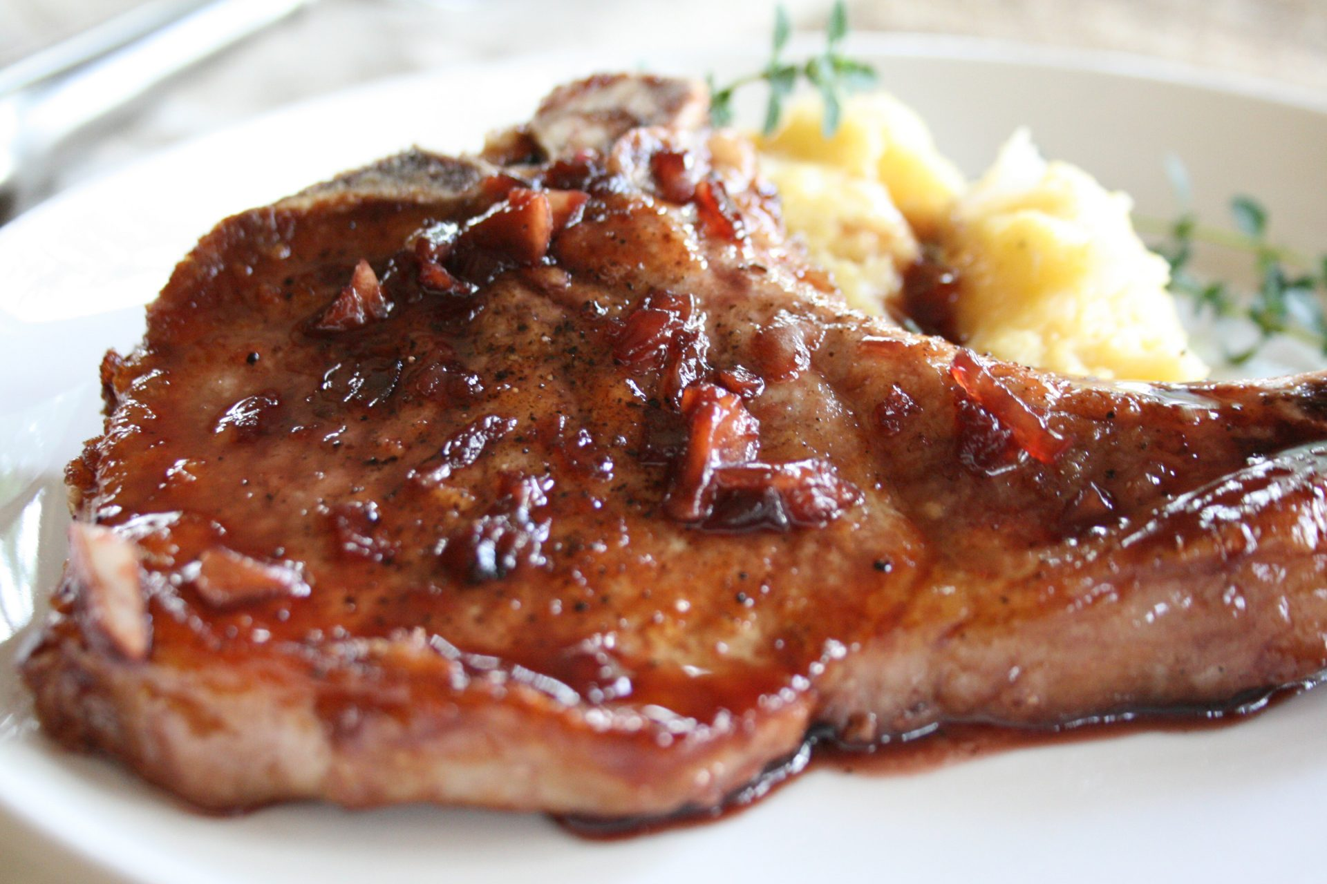 chokecherry-glazed-pork-chops