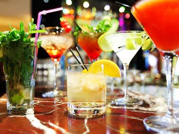 Bezalkoholni kokteli za prazničnu atmosferu