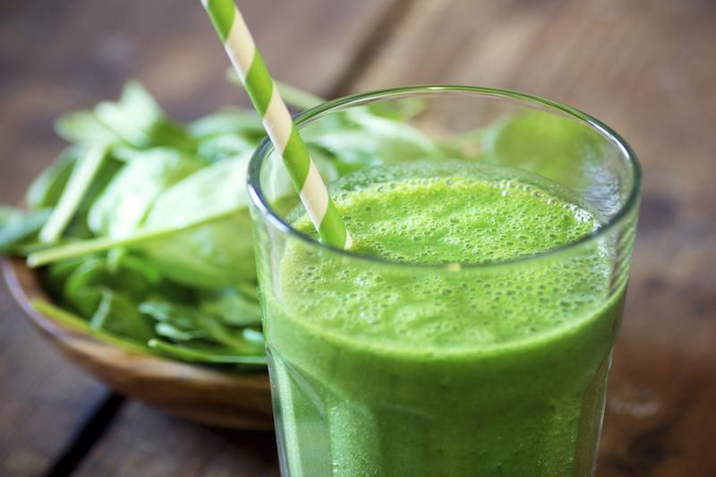Viktorija Boutenko: Zeleni kašasti sokovi vraćaju telesnu masu sirovim veganima!