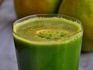 600X450 Cucumber Parsley Juice.jpg