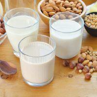 Sve što treba da znate o biljnom mleku