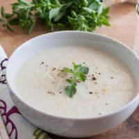 Sirova krem supa od karfiola